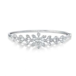 Classic Flower Bangle in Emerald-cut and Round Diamonds in 18K White Gold - Large