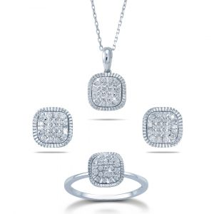 Cushion Shaped diamond  Pendant and Earrings set in 18K Gold
