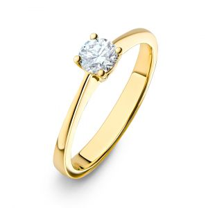 Classic Solitaire Round Diamond Ring in 18K Yellow Gold - 4 prongs