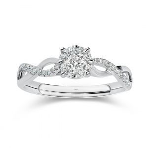 Memories Diamond Engagement ring with fancy scallop band