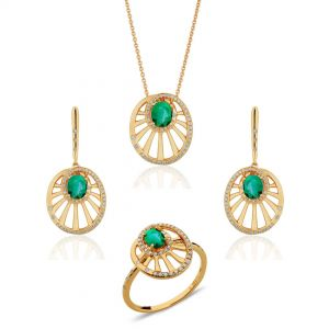 Round Wheel Shaped Emerald Set of Pendant, Earrings & Ring